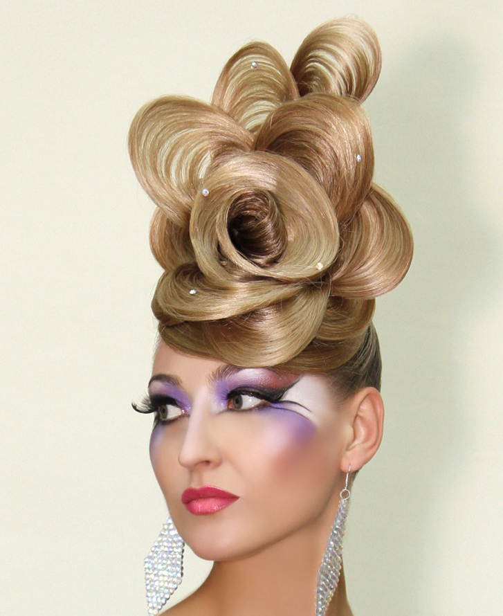 Вы просматриваете изображения у материала: Euro Star - салон красоты